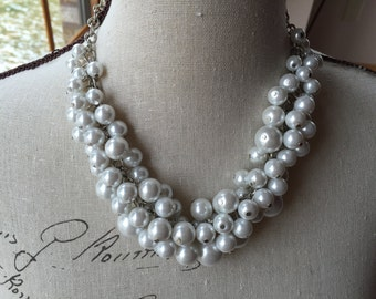 Clustered white Pearl necklace, bridesmaid jewelry, chunky Pearl necklace