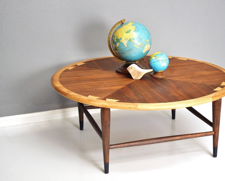 mid century lane acclaim round coffee table. Black Bedroom Furniture Sets. Home Design Ideas