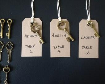 60 Antique Bronze Skeleton Keys & 60 Kraft Luggage Tags Wedding Skeleton Keys Escort Card Keys To Happiness Replica Key Charms And Tags