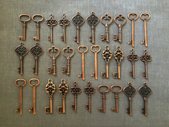 Keys to the World - Skeleton Keys - 30 x Large Vintage Keys Antique Copper Skeleton Key Skeleton Keys For Wedding Wedding Favour Key Charms