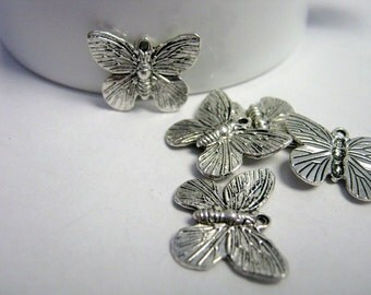 10 Butterfly Antique Silver Charms 18x15mm    (1186)