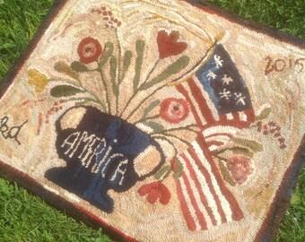 Primitive Style Patriotic Hand-Hooked Wool Rug