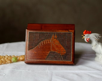 VINTAGE Wooden Trinket Box, Jewellery box hand-carved ornament. Horse Silhouette. Handmade. Hand carved
