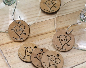 Engraved Wood Initial Wine Charm Wedding Favors (set of 30 ) -gfyW95120X