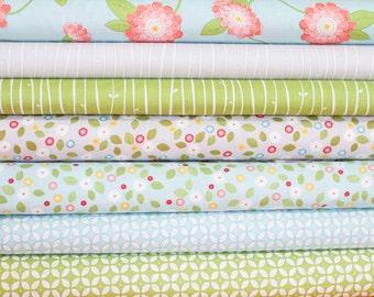 Wallflowers from Windham Fabrics Bundle -  Fat Quarter Bundle - 7 quarter fat pieces (B325)
