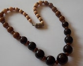 Vintage Art Deco Glass Beads Necklace Coral Tortoiseshell UNUSUAL