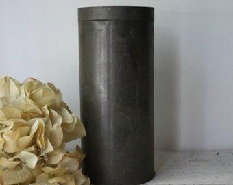 Vintage Forrts Bath Tin