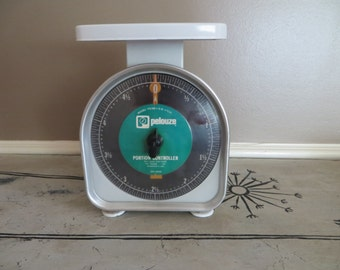 Antique Scale Pelouze Scale Vintage Scale  Metal Scale Kitchen Scale Green Scale Portion Controller Scale