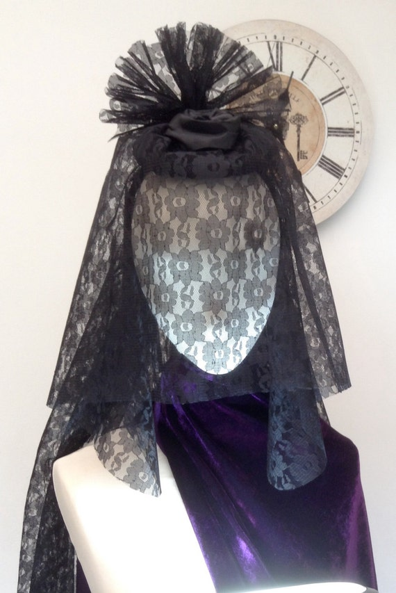 Gothic Victorian headpiece veiled fascinator