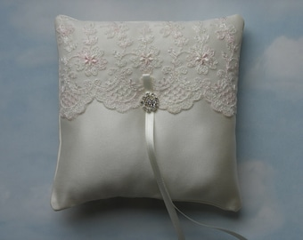 Ring pillow. Wedding ring cushion.