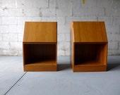 PAIR mid century Modern NIGHTSTANDS end tables