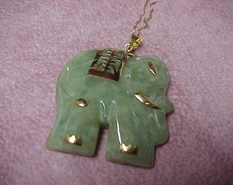 """Vintage Jadeite Elephant from the 1970's, 2.5"""", 14K Yellow Gold, 20.1 Gram"""