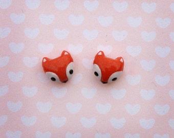 Foxy stud earrings - Handmade / Hand-sculpted kawaii foxes!