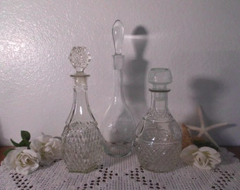 Vintage Decanter Set Clear Glass Liquor Bottle Barware Cottage Holiday Entertaining Alcohol Gift for Him Her Mid Century Madmen Bar Display