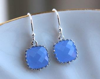 Dainty Small Silver Periwinkle Earrings - Lavender Blue Bridesmaid Earrings - Wedding Earrings - Silver Wedding Jewelry - Bridal Earrings