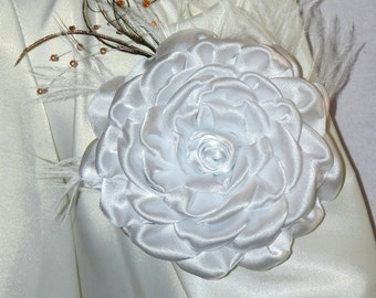 White Satin flower brooch,wedding accessories, bridesmaid accessory,white fabric brooch!
