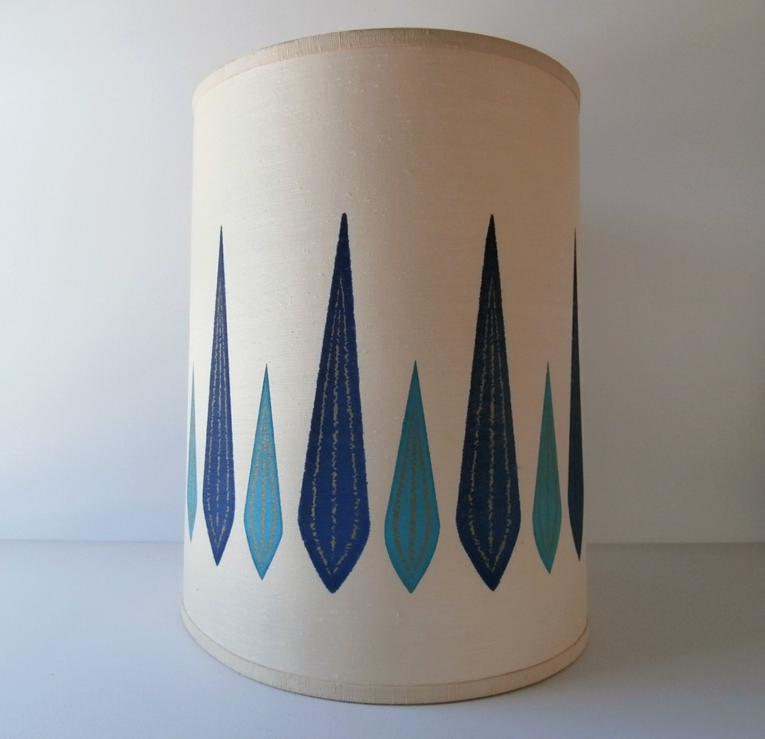 large drum shade 1960s lamp shade mid century modern shade. Black Bedroom Furniture Sets. Home Design Ideas