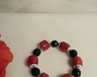 Sale- Stylish Women's One of a Kind HandCrafted RED CORAL & Black Onyx STRETCH Bracelet- Birthday Gift Her Mom Mother Teen. Womans Jewelry