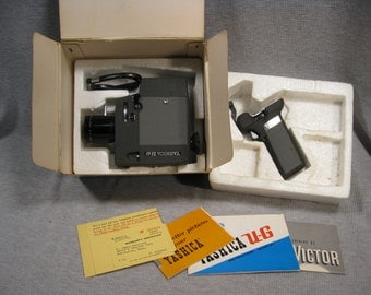 Yashica Zoom 8mm Movie Camera w/Original Box Vintage