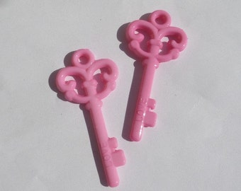 62*29mm. 6CT. Pink Key Pendant, 6ct, Pendant for Bubblegum Jewelry, D40