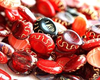 Red beads mix, czech glass, oval beads, Golden inlays, teardrop shape, pear - 17x14mm - 8pc - 2103