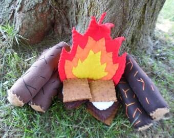 Kid's Pretend Campfire Play Set: Fire Logs Smores