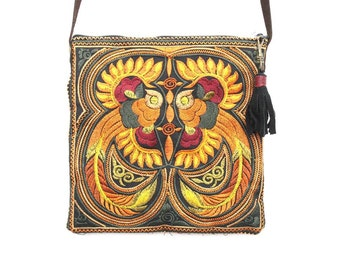Cross Body Bag With Tassel Zipper Pull Removable Leather Strap (BG5108-OB)