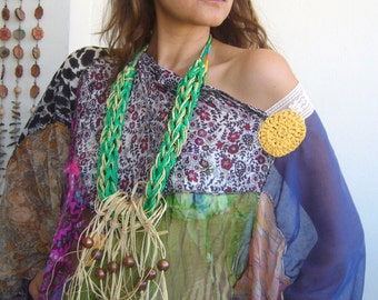 Arttowear necklace grass green with natural leaves and paper threads/knit statement bold/body harness