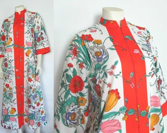 1970s Evelyn Pearson Zip Front Polyester Asian Print Robe
