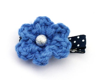Crochet Flower Clip in Blueberry