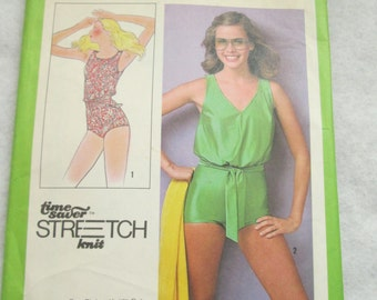 1978 Ladies Simplicity Pattern Swimsuit Size 10,12,14