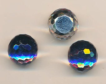 Five dazzling and rare 16 mm vintage glass fireballs in the color heliotrop