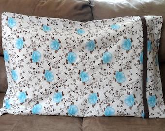Aqua Flower Cuffed Pillowcase