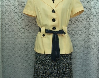 Size 8 Yellow Set  jacket and skirt with navy blue belt, pattern skirt, Skirt Suit Set, Yellow & Navy, Cruisewear