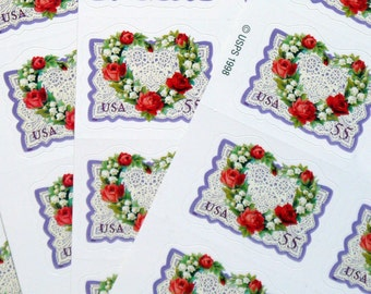25 pieces - 1999 55 Victorian Love stamps - heart shaped wreath - great for valentines, wedding invitations, save the dates