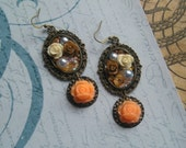 LIVANNA Dangle Vintage Cameo Resine Cabochon Earrings Brown Ivory Peach Flowers