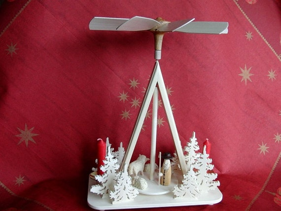 UNIQUE GERMAN HANDMADE Christmas Pyramid - Shepherd with flock of sheep and fir tree