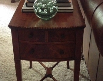 Faux Bamboo Mahogany side/end/accent Table