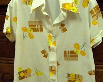 1970s Wide Collar Polyester Button Front Shirt Large