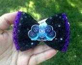 Ursula hair bow