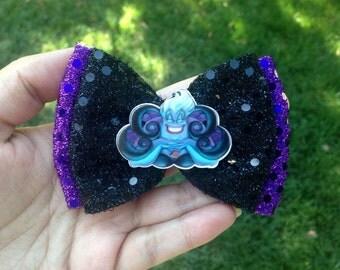 SUPER SALE Ursula hair bow