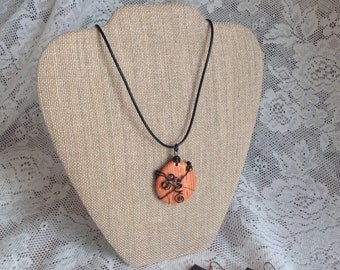 Burlap necklace display with Easel linen fabric covered