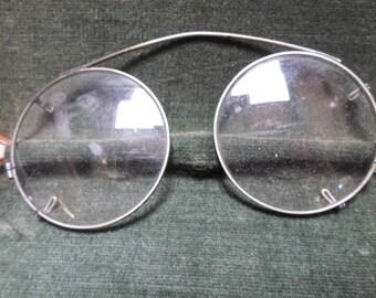 Antique Eyeglasses, Round, Rugged, 1800s, Victorian, Spectacles, Case, Civil War, Vintage Eye Glasses, Mens Eyeglasses, Steampunk, Props
