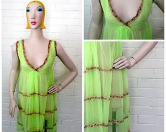 Vintage 1960s Lime Green Nightie M-XL