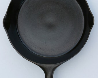 Antique Fine 1920s WAGNER SIDNEY O Cast Iron #7 Skillet Fry Pan Logo Professionally Cleaned, Seasoned Using Food Grade Products Organic Oil