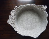 "Momoish Ecru Wool Felted Bowl (5"" x 5""), Wool Bowl,Wool Container,Wool Basket ,Newborn Baby Basket for Photo Prop,Slow Design - Momoish Made"