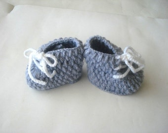 Baby Booties, grey gray  baby shoes, crochet baby sandals 6 to 12 months, crochet baby boy shoes, baby socks, knitted slippers