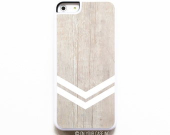 iPhone 5C Case. Geometric Minimalist Chevron 2. Case for iPhone 5C. iPhone Case. Phone Case. Geometric Phone Case.