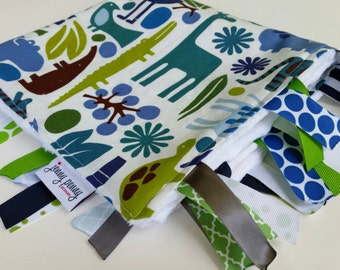 Minky Tag Blanket in 2D Zoo by Alexander Henry // Baby Tag Blanket // Baby Boy Blanket // Minky Blanket // Teething Blanket