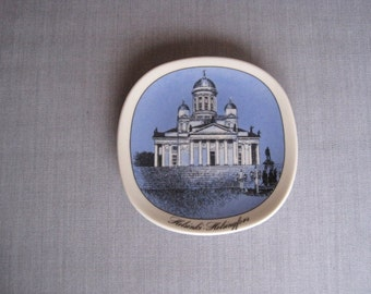 Arabia Finland Collectible Plate Castle Cathedral Helsinki Retro Decor Scandinavia Wall Decor Gift Idea Blue Ceramic Plate Arabia Ceramics